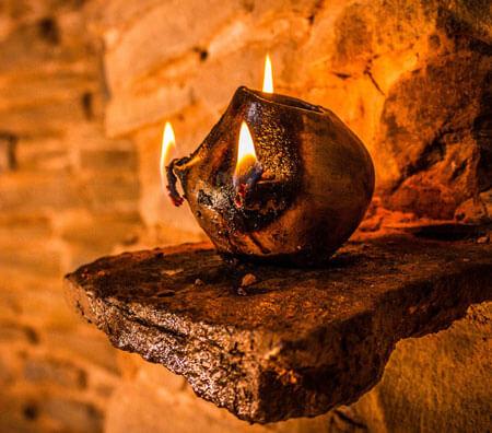 kiva-lamp